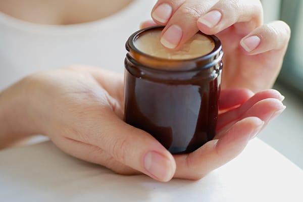 Особенности ухода при склонности к дерматиту рук